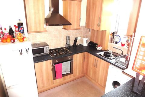 3 bedroom flat share to rent - 276a Sharrowvale Road -STUDENT PROPERTY