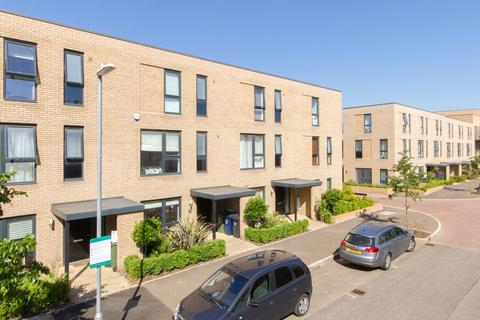 4 bedroom townhouse to rent - Whittle Avenue, Trumpington, Cambridge, Cambridgeshire