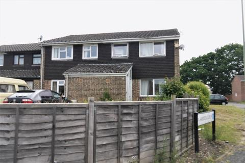 3 bedroom semi-detached house to rent - Wetherby Gardens, Southampton