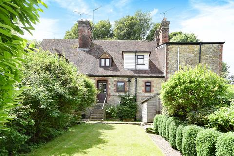 3 bedroom cottage for sale - Salts Lane, Loose