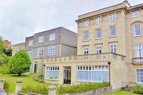 2 bedroom flat to rent - Royal Crescent, Weston-super-Mare