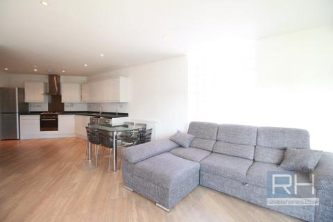 3 bedroom apartment - Leon House, 191 Green Lanes, N13 * VIRTUAL TOUR AVAILABLE! *