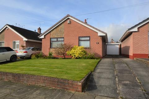 2 bedroom detached bungalow to rent - Grosvenor Road, Widnes, Cheshire