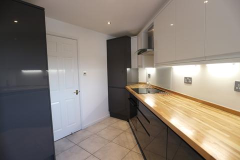 2 bedroom apartment to rent - Merton Court, Brighton Marina Village