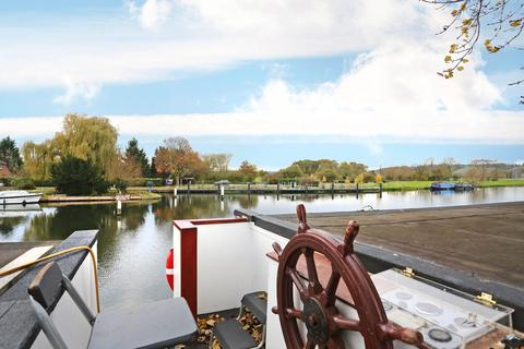 Search Houseboats For Sale In West Berkshire | OnTheMarket
