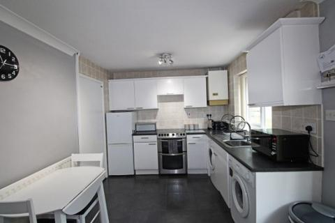 2 bedroom semi-detached house for sale - Staveley Close, Bucknall, Stoke-On-Trent