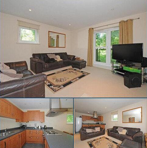 2 bedroom apartment to rent - Kennet Court, Victoria Way, GU21