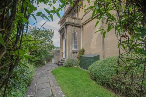 2 bedroom flat to rent - Beckford Road, Bath