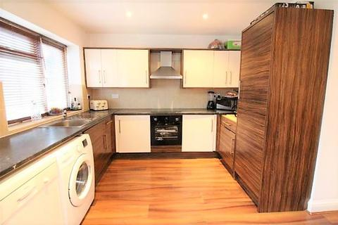 3 bedroom end of terrace house to rent - Central Avenue, Enfield, EN1
