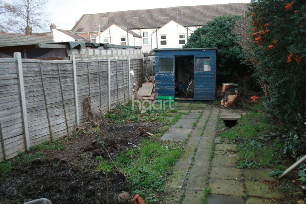 2 Bedrooms Semi Detached House for sale in Bourges Boulevard, Peterborough, Cambridgeshire