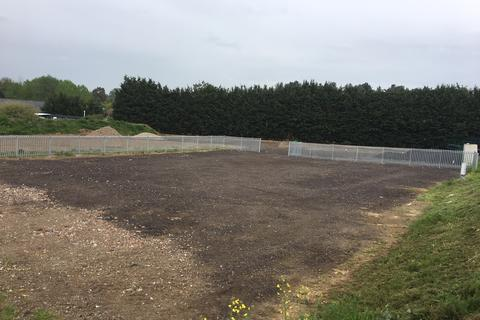 Land to rent - Colchester