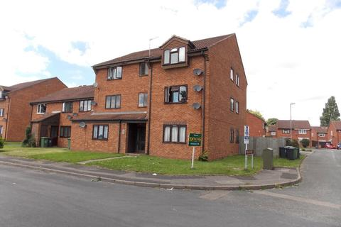 1 bedroom flat to rent - Circuit Close, Willenhall, WV13 1EB