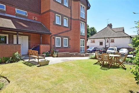 1 bedroom flat for sale - Holland Road, Hove, East Sussex