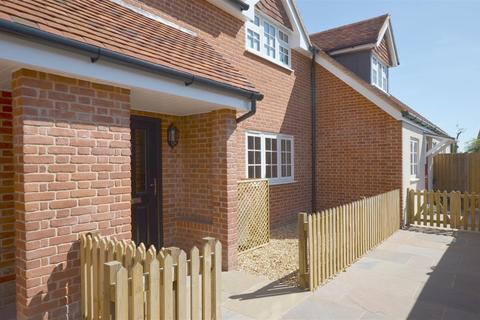 2 bedroom terraced house to rent - High Street, Great Bedwyn, Marlborough, SN8