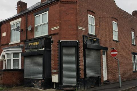 Retail property (high street) to rent - Royston Avenue, BENTLEY DN5