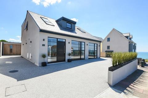 4 bedroom detached house for sale - Cranleigh Avenue, Rottingdean, East Sussex, BN2