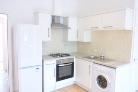2 bedroom flat share to rent - Greenfield Road, Liverpool, Merseyside, L13