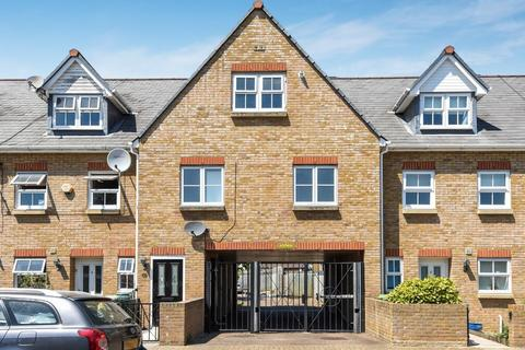 3 bedroom maisonette for sale - Dorset Road, London SE9