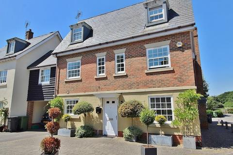 6 bedroom detached house for sale - Hatchmore Road, Denmead