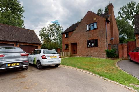 4 bedroom detached house to rent - Apperley, Glos