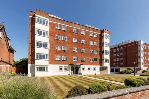 2 bedroom ground floor flat for sale - Craneswater Park, Southsea