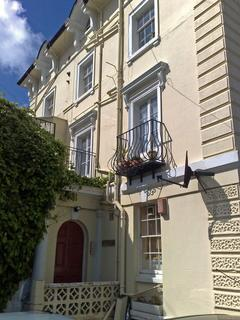 2 bedroom flat to rent - Grove Road North, Southsea