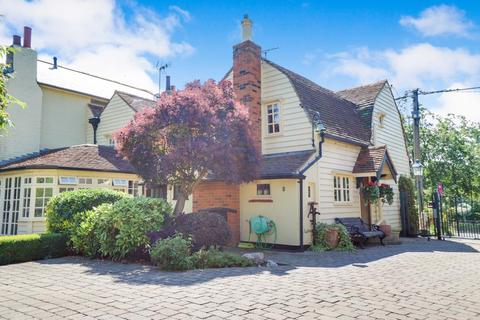 3 bedroom cottage for sale - Idyllic Country Setting, Barling Magna, Essex