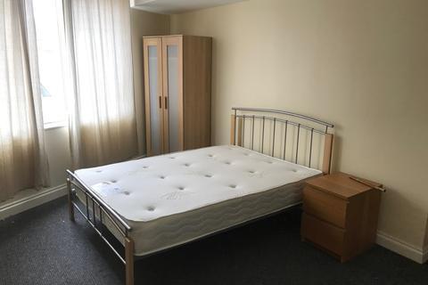 4 bedroom flat to rent - Radford Road, Lenton, Nottingham, Nottingham NG7