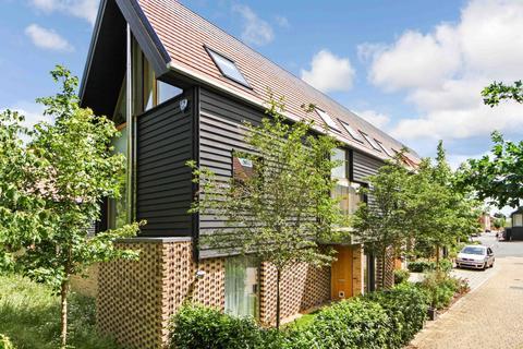 6 bedroom detached house to rent - Royal Way, Trumpington, Cambridge, Cambridgeshire