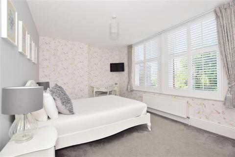 6 bedroom detached house for sale - Whitstable Road, Canterbury, Kent