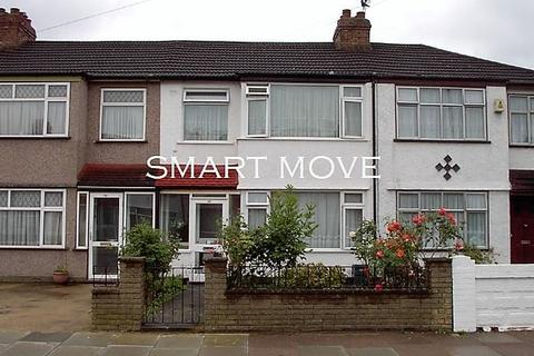 3 bedroom terraced house to rent - Enfield, EN3