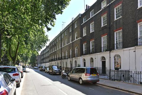Studio to rent - Regent Square, Bloomsbury, London, WC1H