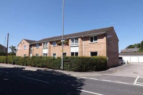 2 bedroom apartment to rent - CHARTWELL COURT, SHADWELL LANE, LEEDS, WEST YORKSHIRE, LS17 8AY