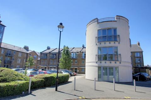 2 bedroom flat for sale - Rotary Way, Colchester