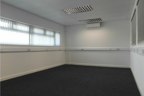 Serviced office to rent - 28-30 Fowler Rd, Ilford IG6