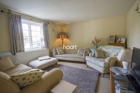 3 bedroom cottage for sale - The Street, Ipswich