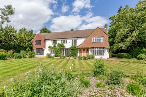 5 bedroom detached house for sale - Loudwater Heights, Loudwater, Rickmansworth, Hertfordshire, WD3