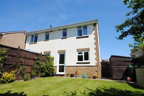 2 bedroom semi-detached house to rent - Oakhill Rise, Roundswell