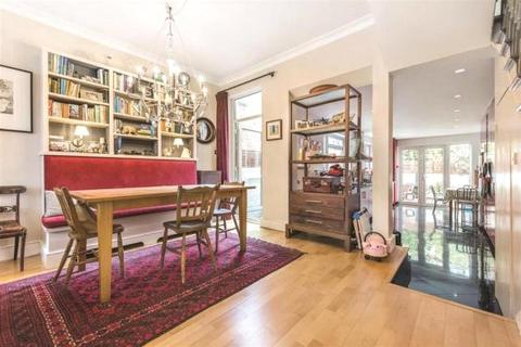 5 bedroom terraced house to rent - Hartismere Road, London, SW6