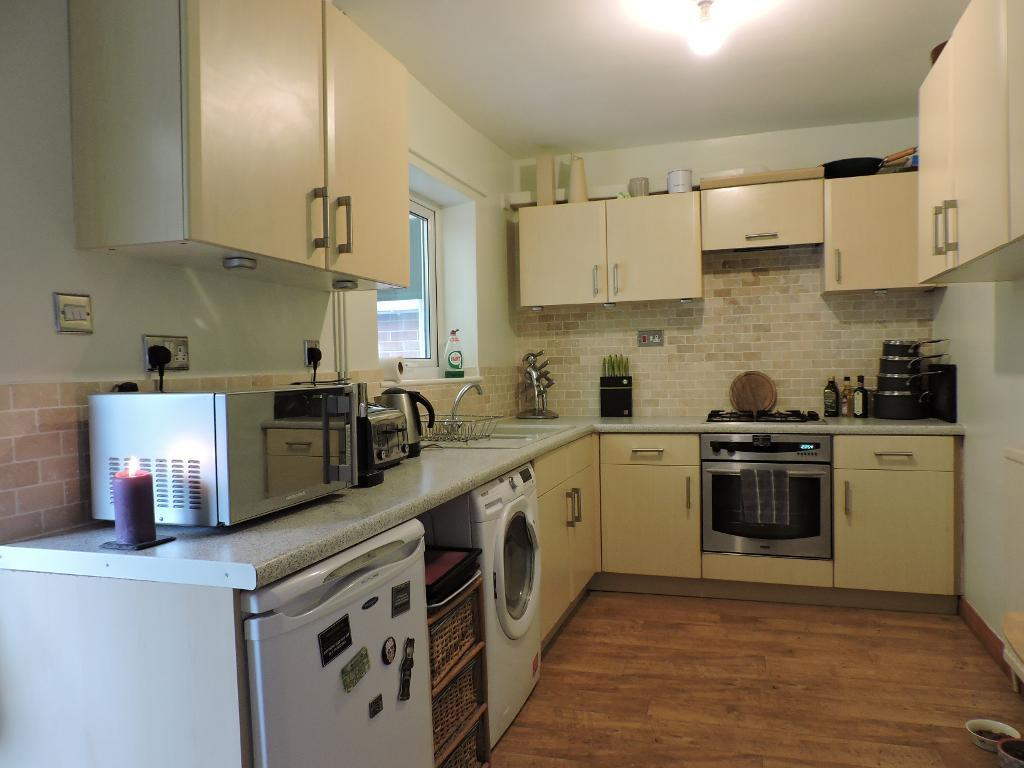 Hill Top Road, Birdwell, Barnsley, South Yorkshire, S70 5QZ 3 bed ...