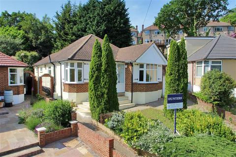 3 bedroom detached bungalow for sale - Cranleigh Close, Bexley, Kent, DA5 1QB