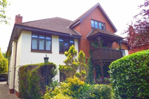 2 bedroom flat to rent - St Anthonys Road, Meyrick Park, Bournemouth, Dorset