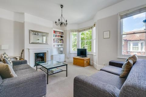 3 bedroom flat for sale - Bennerley Road, London, SW11