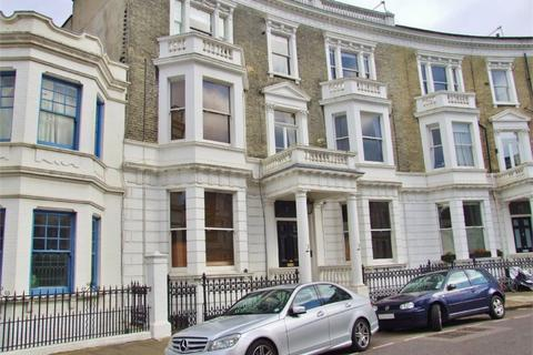 1 bedroom ground floor flat to rent - Challoner Crescent, West Kensington