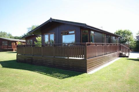 3 bedroom lodge for sale - High Farm Country Park, Routh