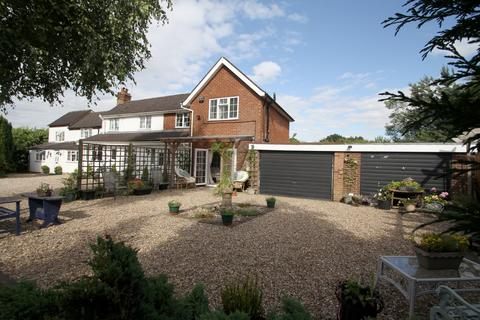 5 bedroom detached house for sale - Kenilworth Road, Hampton-in-Arden, Solihull