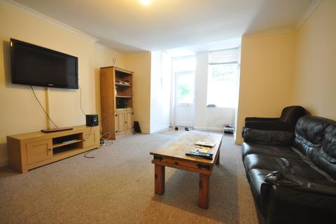 2 bedroom apartment to rent - St. Davids Road Southsea PO5