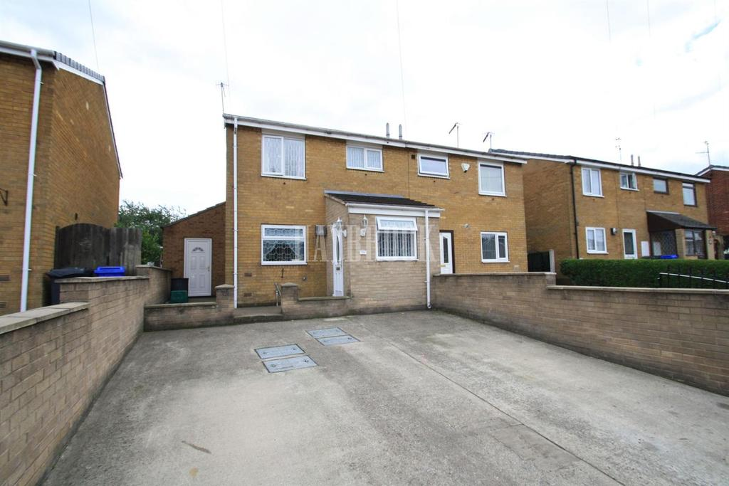 3 Bedrooms Semi Detached House for sale in Lytton Drive, Sheffield