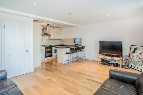 2 bedroom flat to rent - Hetley Road, London, Shepherds Bush, W12 8BB