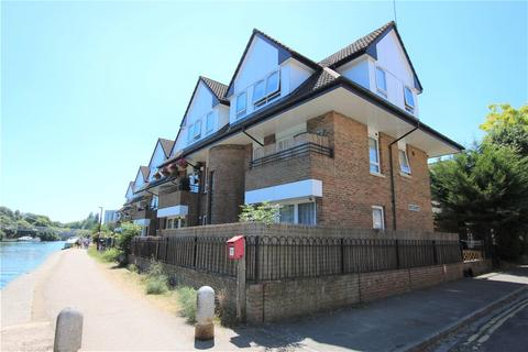 1 bedroom flat for sale - Isis Court, Reading, Berkshire, RG1